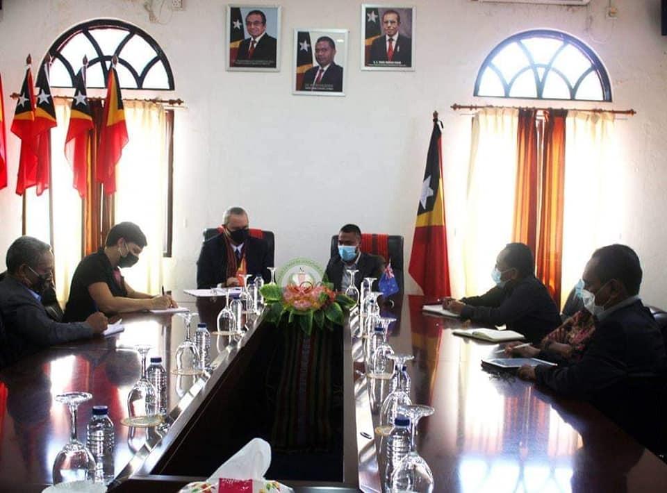 S.E Abrao Saldanha  Enkontru Kortezia ho Ambassador Nova Zelandia mai Timor-Leste